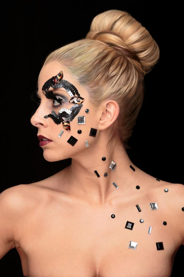 Masquerade Ball Mask Makeup The